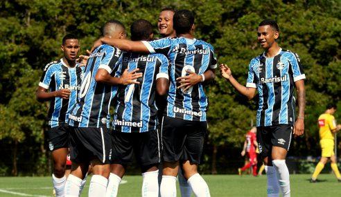 Grêmio bate Paraná e vence a primeira no Brasileirão de Aspirantes