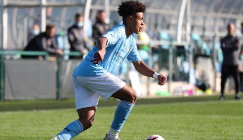 Manchester City vence fora e se mantém líder invicto do seu grupo no Inglês sub-18