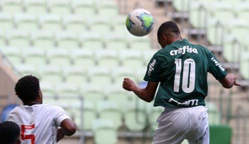 Palmeiras vence Vasco de virada e assume liderança no Brasileiro sub-17