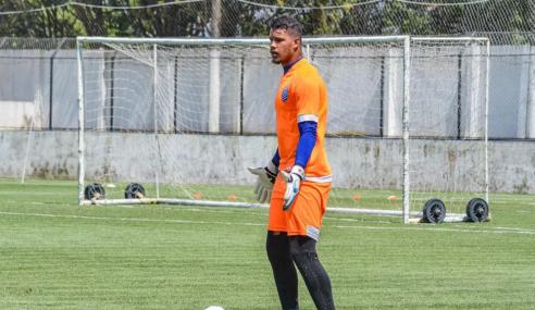 Botafogo encaminha contratação de goleiro do CSA