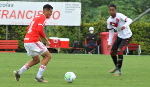 Internacional bate Vitória e vence a primeira no Brasileirão sub-17