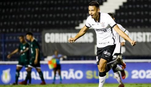 Lucas Belezi relata alívio com primeiro gol pelo sub-20 e ressalta DNA corintiano