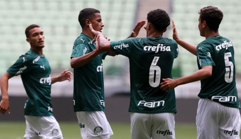 Palmeiras atropela Chapecoense e lidera Grupo A do Brasileirão sub-17