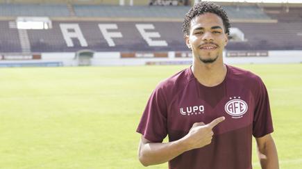 Ferroviária traz jovem atacante do Sport Recife
