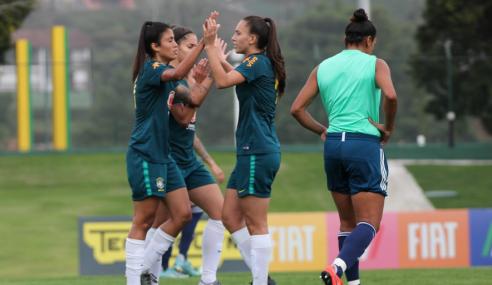 Seleção brasileira feminina sub-20 encerra período de treinos com jogo-treino