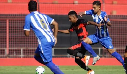 Goleiro pega dois pênaltis e Avaí garante vaga nas quartas da Copa do Brasil sub-20