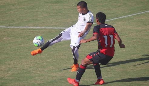 Ceará decide no segundo tempo e bate Vitória pelo Brasileirão sub-17