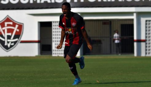 Vitória faz quatro no primeiro tempo e goleia Sport Recife pelo Brasileirão sub-20