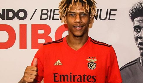 Barcelona-ESP empresta Todibo ao Benfica-POR