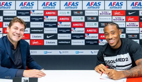 Chelsea-ING empresta lateral ao AZ Alkmaar-HOL