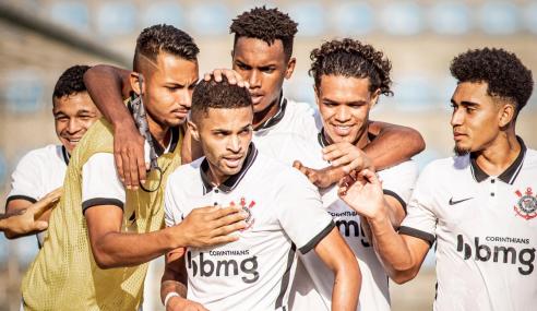 Corinthians vence América-MG e abre vantagem na liderança do Brasileirão sub-20