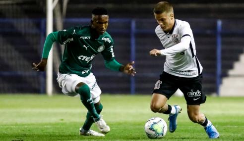 Palmeiras bate Corinthians no Parque São Jorge e se classifica no Brasileirão sub-17