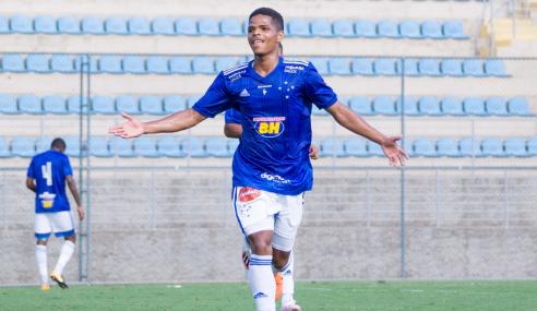 Com um a menos, Cruzeiro arranca empate com o Sport pelo Brasileirão sub-20