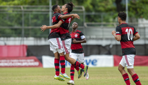 Flamengo bate Santos e fica com última vaga do grupo nas quartas do Brasileirão sub-17