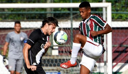 Com dois gols nos acréscimos, Fluminense vira sobre o Vasco e encosta na ponta do Brasileirão Sub-20