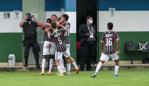 Em jogo com duas expulsões, Fluminense vence Vasco e vai às semifinais do Brasileirão sub-17