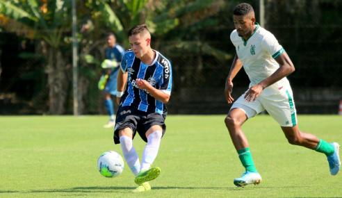 Com um a menos, América-MG vira em cinco minutos e vence Grêmio pelo Brasileirão sub-20