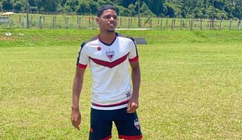 Atlético vence Flugoiânia e iguala Vila Nova na ponta do Torneio FGF Sub-17