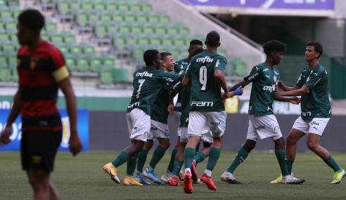 Palmeiras atropela Sport e mantém liderança de seu grupo no Brasileirão sub-17