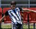 Botafogo pode perder dois volantes da base em fim de contrato