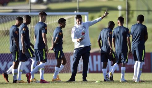 Seleção Brasileira sub-17 é convocada pra novo período de treinos