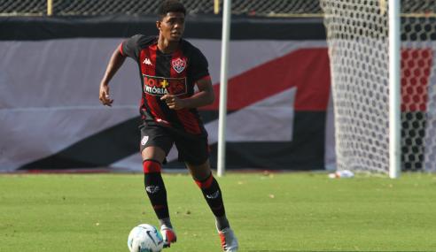 Vitória e Fluminense empatam e seguem no G-8 do Brasileirão Sub-20