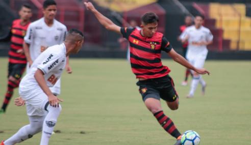Welberty volta ao Sport Recife e quer espaço no time profissional