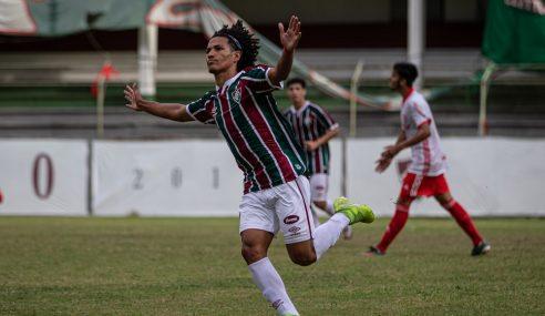 Fluminense bate Internacional e é o novo líder do Brasileirão sub-20