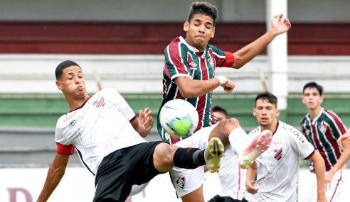 Fluminense é goleado pelo Athletico-PR e fará clássico nas quartas do Brasileirão sub-17