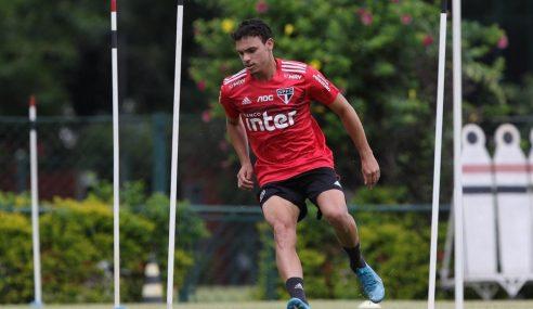 Atlético-GO anuncia atacante do São Paulo por empréstimo