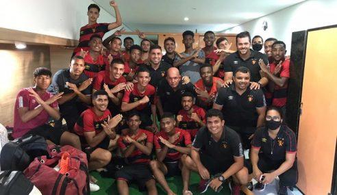 Sport goleia e segue na co-liderança do Pernambucano Sub-17