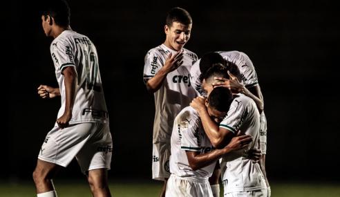 Palmeiras bate América-MG e fica a uma vitória das quartas do Brasileirão Sub-20