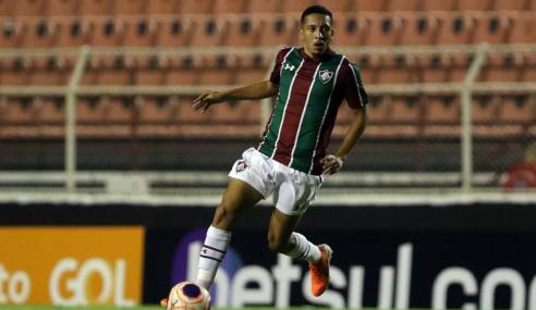 Volta Redonda anuncia volta de Caio Vitor, que estava no Fluminense