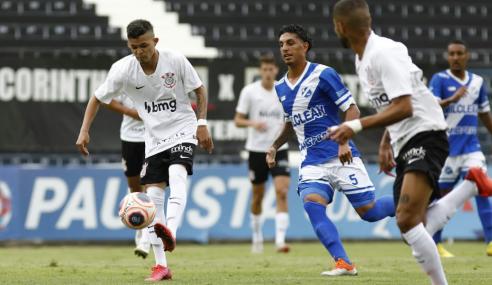 Corinthians deslancha no fim, vence Taubaté e vai às semifinais do Paulistão Sub-20