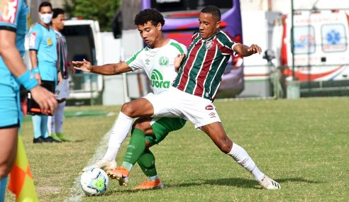 Fluminense marca no último lance e arranca empate com a Chapecoense pelo Brasileirão Sub-20