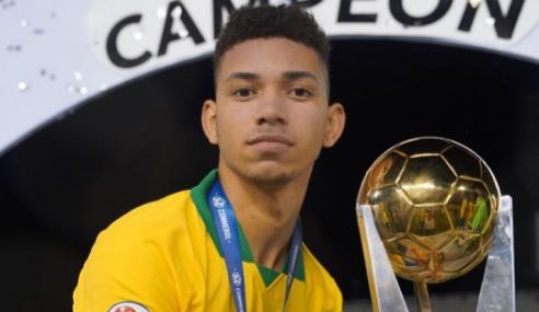 Flamengo contrata dupla campeã pela Seleção Brasileira para o sub-17