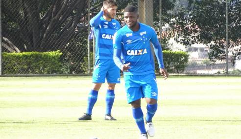 Três atletas formados na base voltam ao Cruzeiro após empréstimo