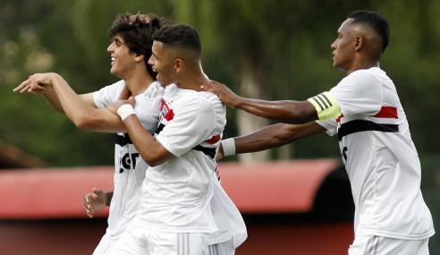 São Paulo vence CRB e fica a um empate das quartas da Copa do Brasil Sub-17