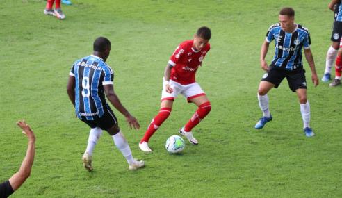 Com dois de Elias, Grêmio vence Vila Nova de virada pelo Brasileirão de Aspirantes