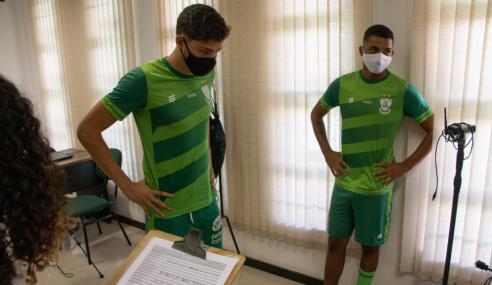 Elenco sub-20 do América-MG inicia treinos para a temporada
