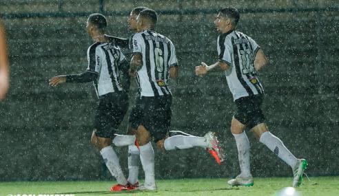 Artilheiro decide, Atlético-MG bate Palmeiras e avança no Brasileirão Sub-20