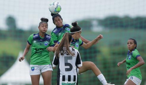 Com final agitado, Ceará e Minas Brasília empatam pelo Brasileirão Feminino Sub-18