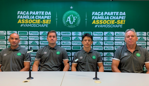 Chapecoense contrata técnico do Atlético-MG e apresenta comissão do sub-20