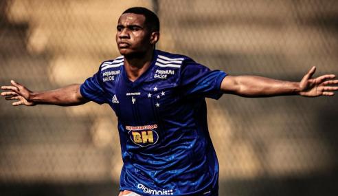 Palmeiras contrata mais um jogador dispensado pelo Cruzeiro
