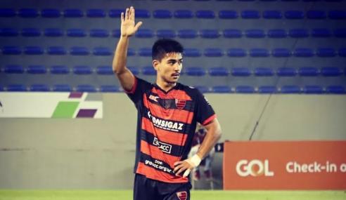 Dupla tem contrato reativado com o Corinthians; quatro jovens deixam o clube