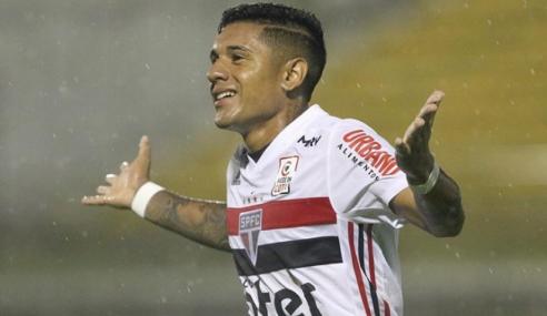 São Paulo amplia empréstimo de atacante Galeano