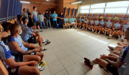 Grêmio reforça equipe de transição e empresta lateral ao São José-RS
