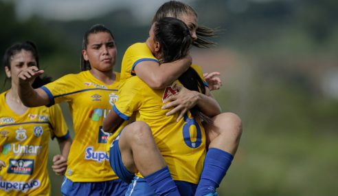 Avaí Kindermann vence Iranduba em estreia no Brasileirão Feminino Sub-18