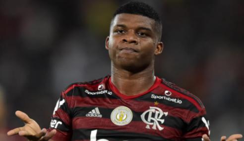 Lincoln, do Flamengo, é disputado por clube japonês e da MLS