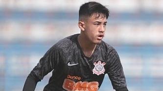 Flamengo contrata meia do Corinthians para o sub-17